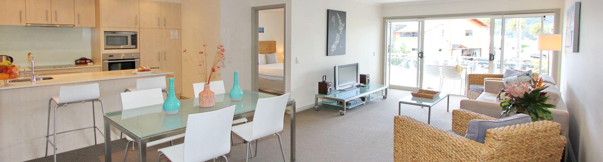 Spacious 2 bedroom Apartment Accommodation Whitianga